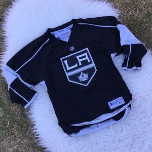 wholesale dealer c3d4e c9811 NHL Reebok LA Kings Kids Hockey Jersey Size 4-7